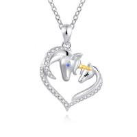 OLIVIE Stříbrný náhrdelník ZAMILOVANÍ JEDNOROŽCI 4888