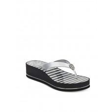 GUESS žabky Enzy Striped Platform Flip Flops stříbrný vel. 37,5
