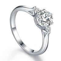 OLIVIE Zásnubní stříbrný prsten BEVERLY 5081 Velikost prstenů: 8 (EU: 57-58)
