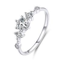 OLIVIE Stříbrný zásnubní prsten 4122 Velikost prstenů: 8 (EU: 57 - 58)