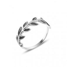 OLIVIE Stříbrný prstýnek LÍSTKY Z RŮŽÍ 3908 Velikost prstenů: 8 (EU: 57 - 58)