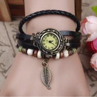 Kožené Vintage hodinky Lístek - 5 barev Barva: Černý