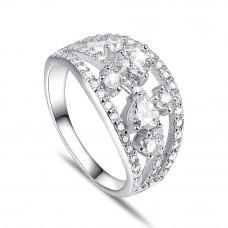 OLIVIE Stříbrný široký prsten CHLOE 4256 Velikost prstenů: 6 (EU: 51 - 53)