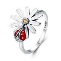 OLIVIE Stříbrný prsten SEDMIKRÁSKA S BERUŠKOU 2957 Velikost prstenů: 8 (EU: 57 - 58)