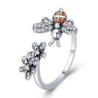 OLIVIE Stříbrný prsten VČELKA 4897